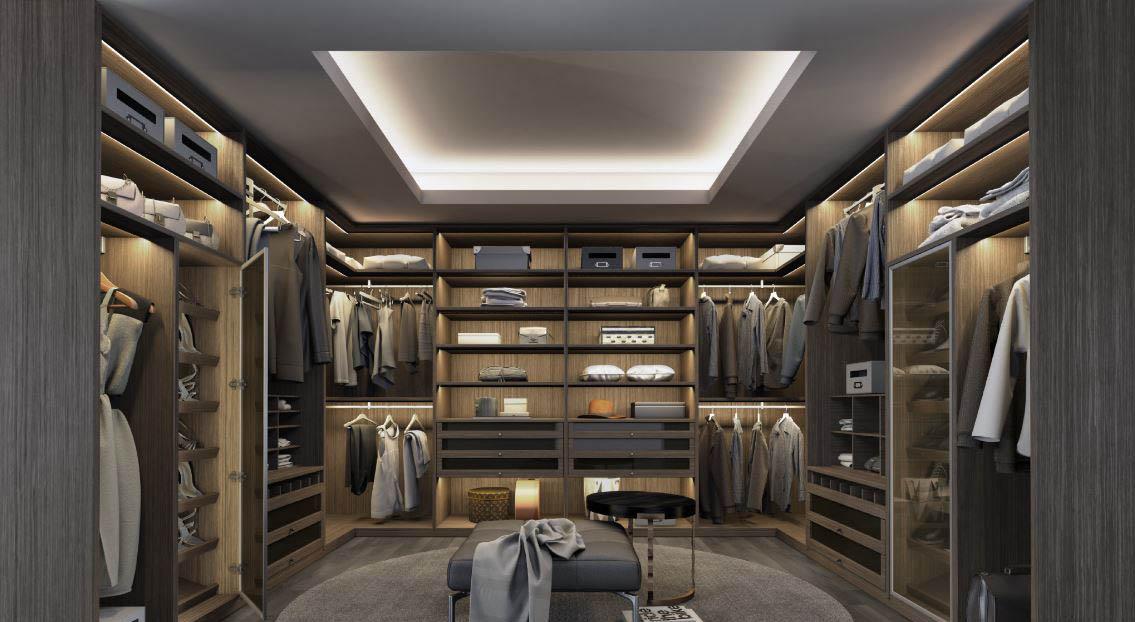 closet grande de ropa